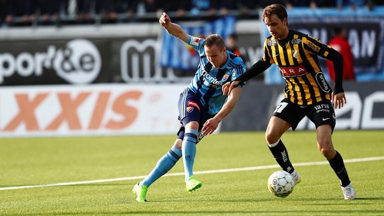 Djurgårdens Gustav Engvall under en fotbollsmatch.