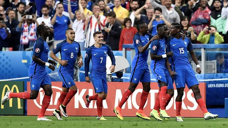 Frankrike körde över Island.
