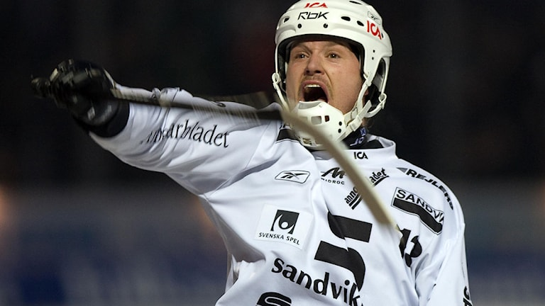 Magnus Muhrén i Sandvikentröjan 2008.