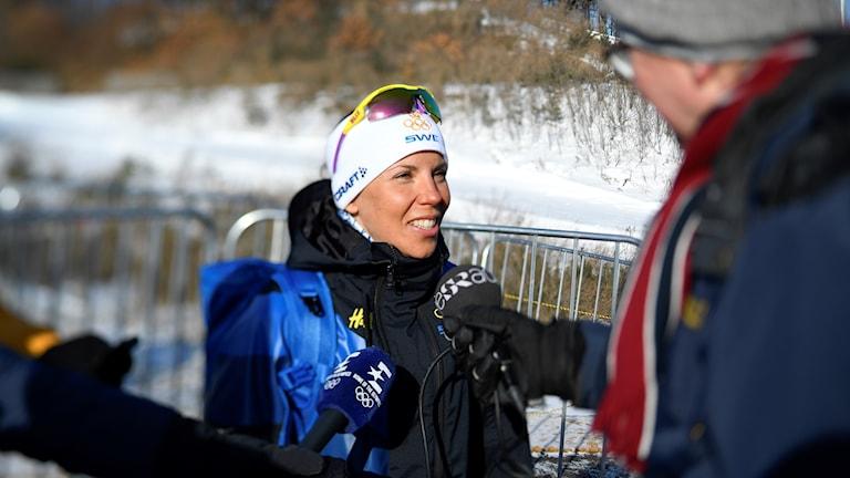Pyeongchang 20180213 Charlotte Kalla mötte media på tisdagen inför damernas 10 km under vinter-os i Pyeongchang, Sydkorea. Anders Wiklund/TT