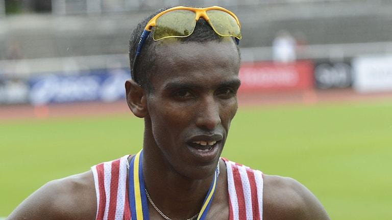 2013, Mustafa Mohamed.