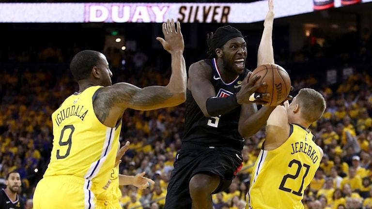 Jonas Jerebko och Andre Iguodalas Golden State åkte på ett stort tapp mot Montrezl Harrells Los Angeles Clippers.