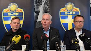 Fredrik Gårdare, kriminalkommissarie som leder aktionsgruppen mot kriminalitet inom idrotten, Håkan Sjöstrand, generalsekreterare SvFF, och Mikael Ahlerup, VD AIK