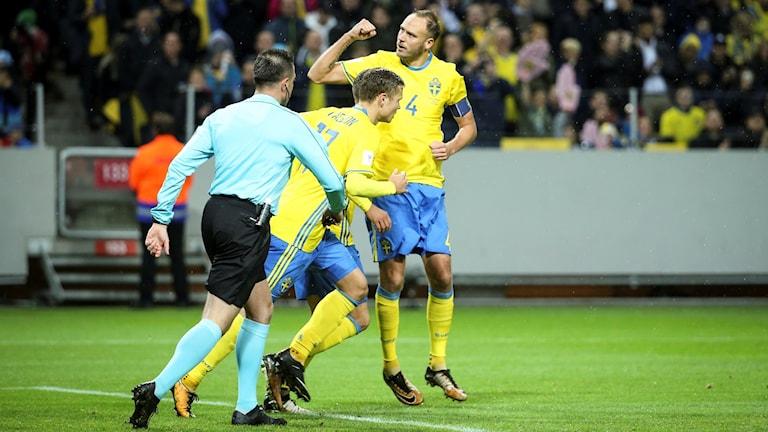 Kapten Andreas Granqvist gjorde 1–0-målet.