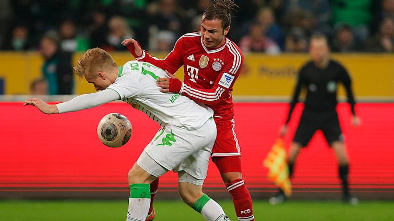 20140124 Oscar Wendt i duell med Thomas Müller.