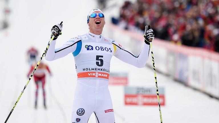 20140308 Daniel Richardsson jublar efter segern i Holmenkollen. Foto: Jon Olav Nesvold/Scanpix