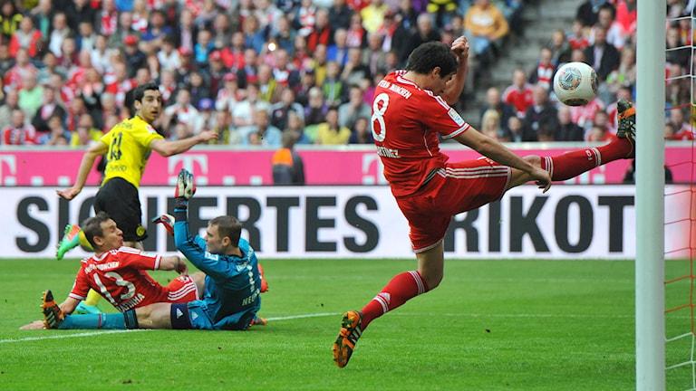 20140412 Bayern München-Dortmund. Foto: Kerstin Joensson/TT