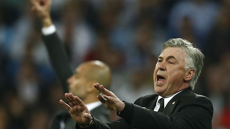 Arkivbild. Carlo Ancelotti och Pep Guardiola gestikulerar. Foto: TT