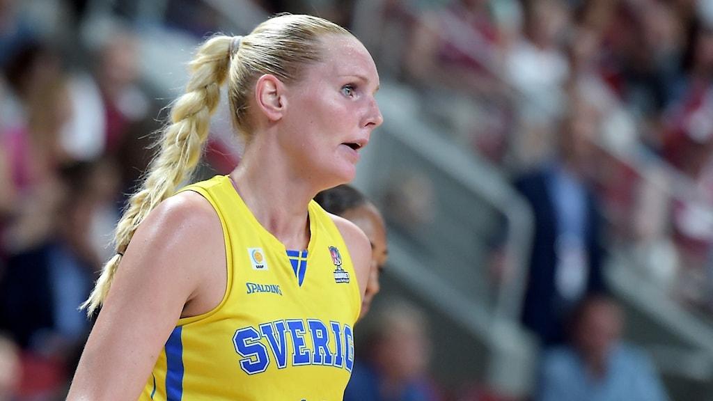 Louice Halvarsson i basket-EM 2019