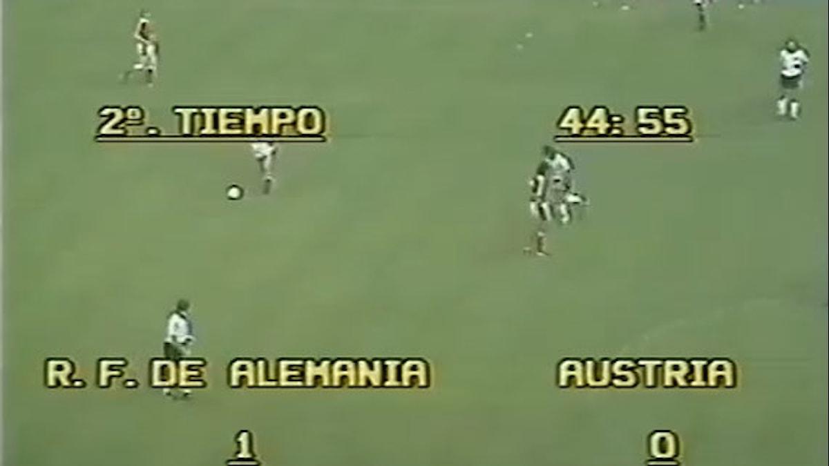 VM-skandalen 1982 Västtyskland-Österrike. Foto: Youtube