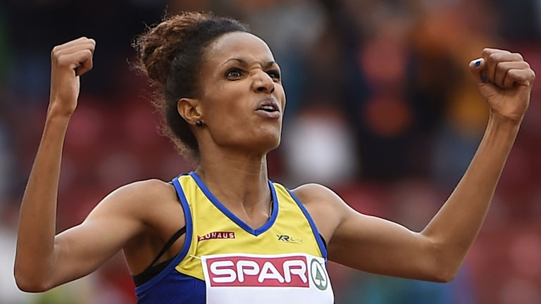 Sweden's Meraf Bahta celebrates after crossing the finish line to win the Women's 5000m final during the European Athletics Championships at the Letzigrund stadium in Zurich on August 16, 2014. AFP PHOTO / OLIVIER MORIN