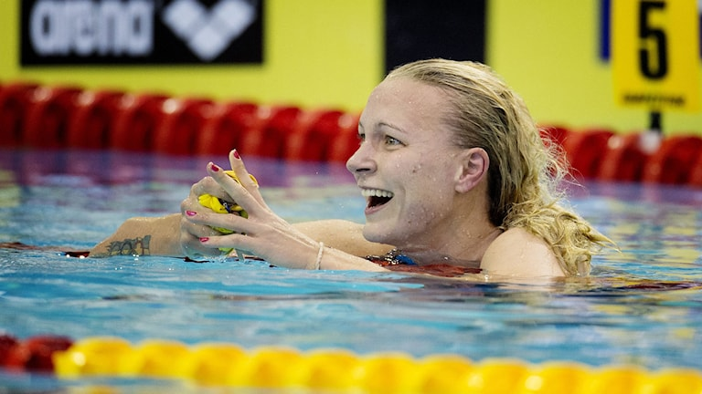 BERLIN 20140820 Sarah Sjöström tar guld på 100 m frisim vid sim-EM i Berlin på onsdagen. Foto: Jessica Gow / TT