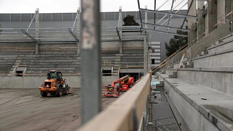 Bygget av den nya fotbollsarenan pågår för fullt. Foto: Martin Svensson / Sveriges Radio