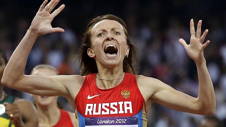 Maria Savinova vinner 800-metersloppet i OS i London. Foto: Anja Niedringhaus/TT.