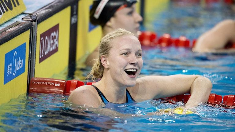 Sarah Sjöström var nära världsrekordet i semifinalen på 100 meter fjäril. Foto: Jessica Gow/TT