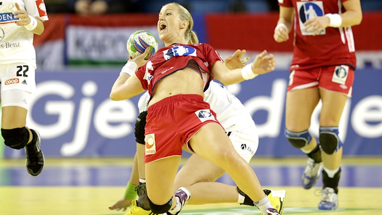 20141217 Handbolls-EM Norge-Ungern Heidi Løke. Foto: Vidar Ruud/TT
