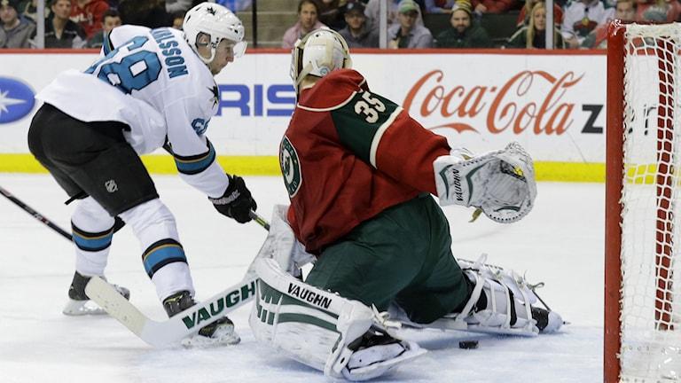 20140106 San Joses Melker Karlsson mot Minnesota. Foto: Ann Heisenfelt/TT