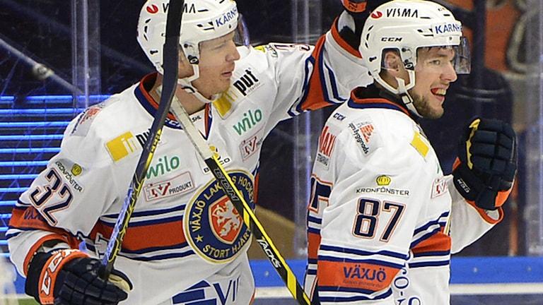 LEKSAND 2015-01-31 Växjös Robert Rosén (87) har gjort 0-1 i lördagens SHL-match i ishockey mellan Leksands IF och Växjö Lakers i Tegera Arena i Leksand. Foto Ulf Palm / TT
