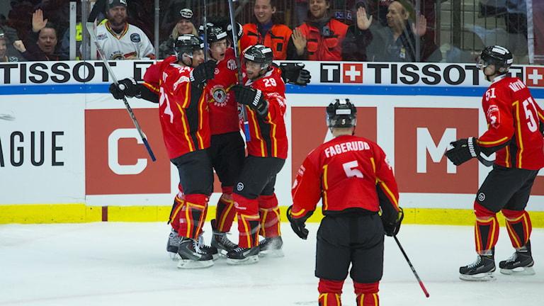 Luleå jubel efter seger i CHL-finalen mellan Luleå och Frölunda. Foto: Robert Nyholm/TT