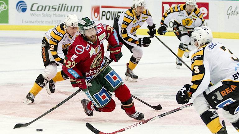 GÖTEBORG 2015-02-19 Frölundas Robin Figren i torsdagens SHL match mellan Frölunda HC och Skellefteå i Scandinavium i Göteborg. Foto Adam Ihse / TT