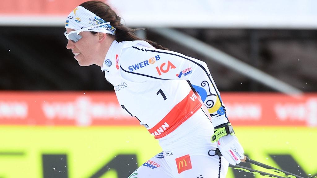FALUN 20150221 Sveriges Charlotte Kalla i skiathlontävlingen på Lugnets skidstadion på lördagen. Foto Fredrik Sandberg / TT
