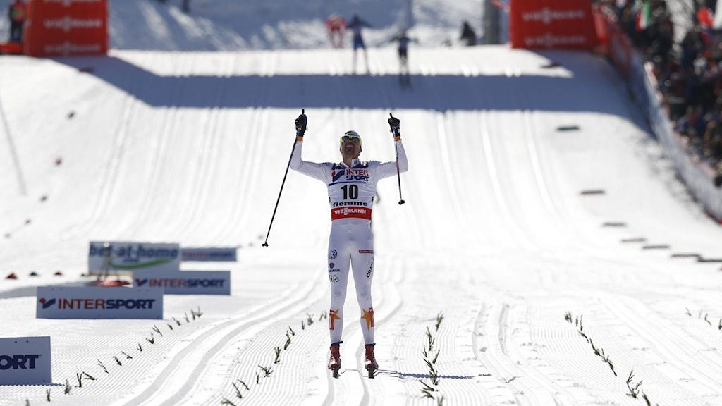 Johan Olsson på upploppet i Val di Fiemme. Foto: Lise Åserud/NTB scanpix/TT