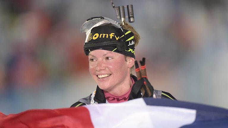 Marie Dorin Habert efter jaktstartsguldet i skidskytte-VM