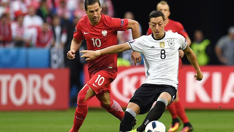 20160616 Duell i EM-matchen mellan Polen-Tyskland i grupp C. Foto: AFP photo/Patrik Stollarz