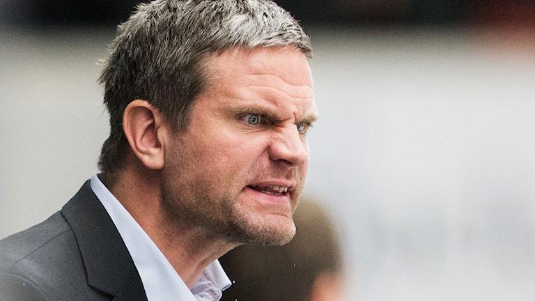 Arkivbild: Rögles assisterande tränare Mikael Gath. Foto: Andreas Hillergren/TT.
