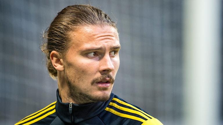 Sveriges mittback Erik Johansson. Pontus Lundahl/TT