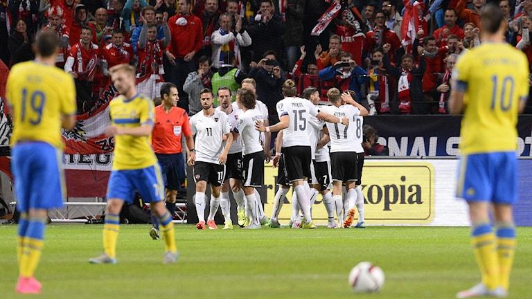 Österrike firar på Friends arena. Foto: Jonathan Nackstrand/AFP/TT
