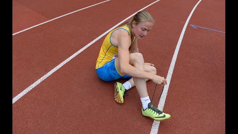 20150913 Elise Malmberg efter 400 m häckloppet under Finnkampen på Stockholm Stadion på söndagen. Foto: Jessica Gow/TT
