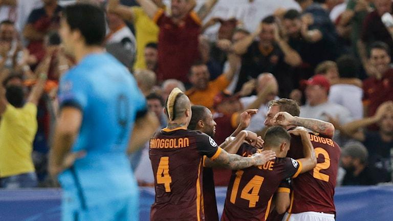 20150916 Roma jublar mot Barcelona i Champions League. Foto: Gregorio Borgia/TT