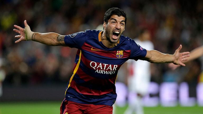 Luis Suarez satte det avgörande 2-1-målet. Foto: AP Photo/Emilio Morenatti/TT