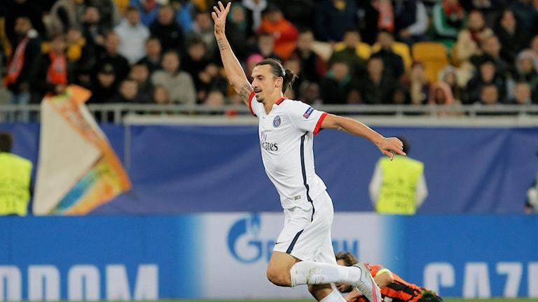 Zlatan gör målet som han inte fick.