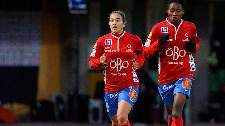 Örebros Michelle De Jongh och Sarah Michael