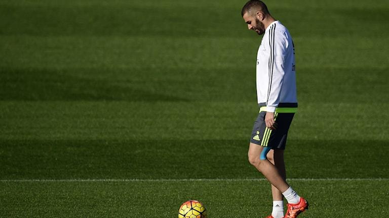Karim Benzema under träning för Real Madrid