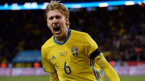 Sveriges Emil Forsberg jublar efter 1-0. Foto: Janerik Henriksson/TT