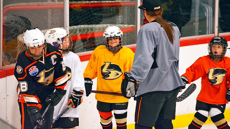 Ungdomshockey. Foto: AP Photo/Anaheim Ducks/TT