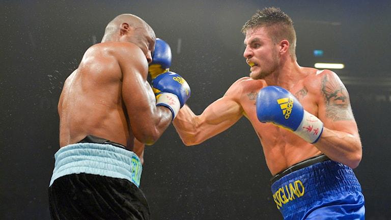 2015116 Svenske boxaren Erik Skoglund möter Amerikanen Derek Edwards i Nyköping på lördagen. Foto: Fredrik Sandberg/TT
