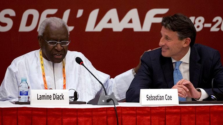 Arkiv augusti 2015: Lamine Diack och nuvarande IAAF-ordföranden Sebastian Coe