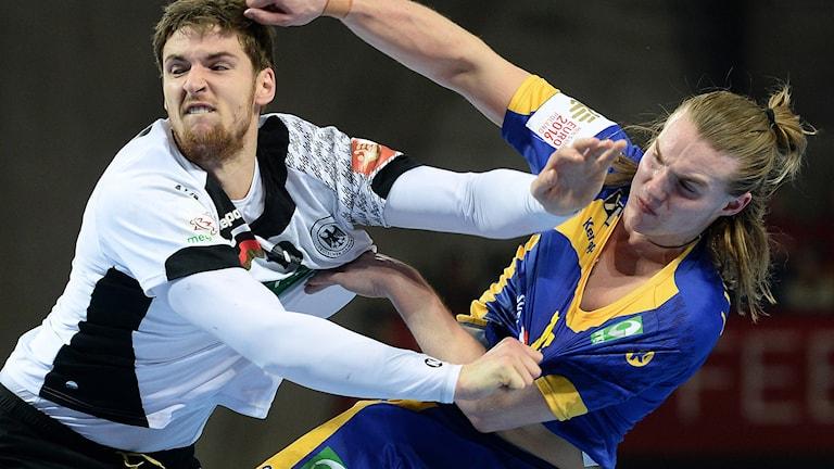 Lukas Nilsson i förlustmatchen mot Tyskland. Fredrik Sandberg/TT.