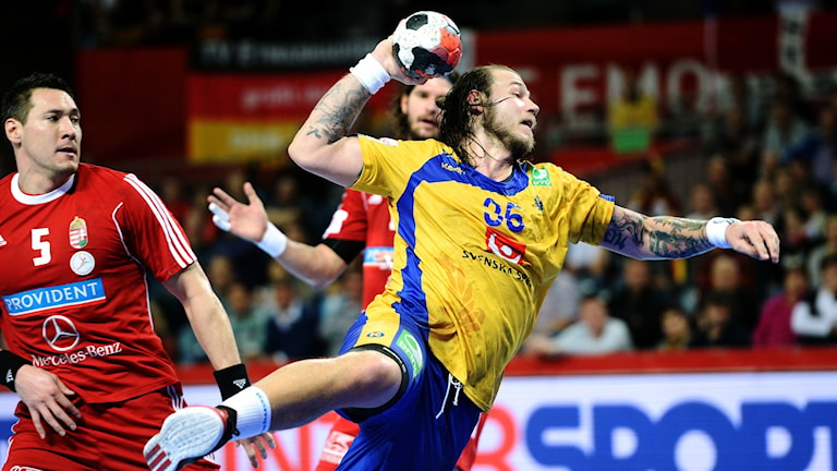 Andreas Nilsson gör mål mot Ungern. Foto: TT