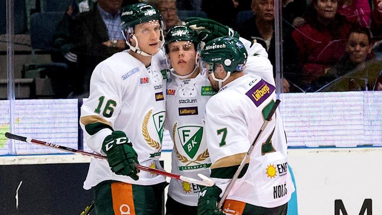 Eriksson Ek klappas om, arkivbild. Foto: Adam Ihse/TT