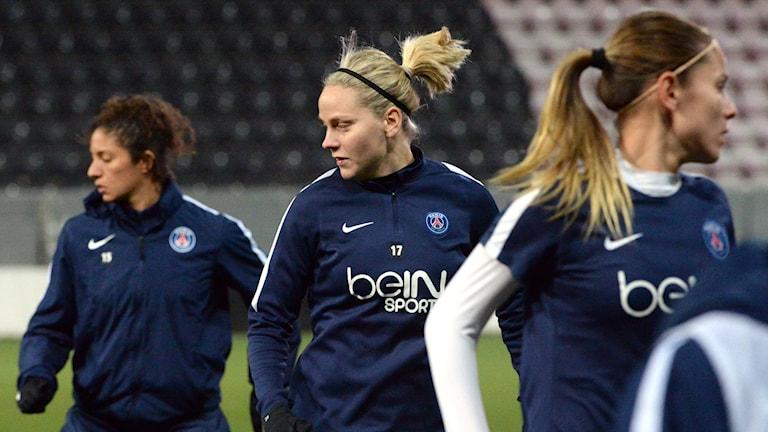 Arkivbild. Lisa Dahlqvist värmer upp med sitt PSG. Foto: Conny Sillén/TT