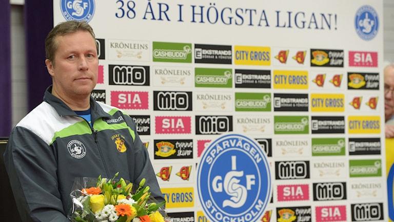 Jan-Ove Waldner efter att ha spelat sin sista elitseriematch
