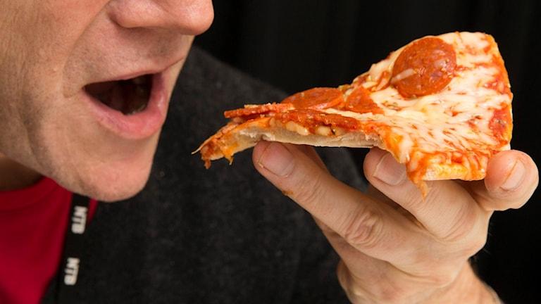 Pizzaätare. Foto: Terje Bendiksby/TT