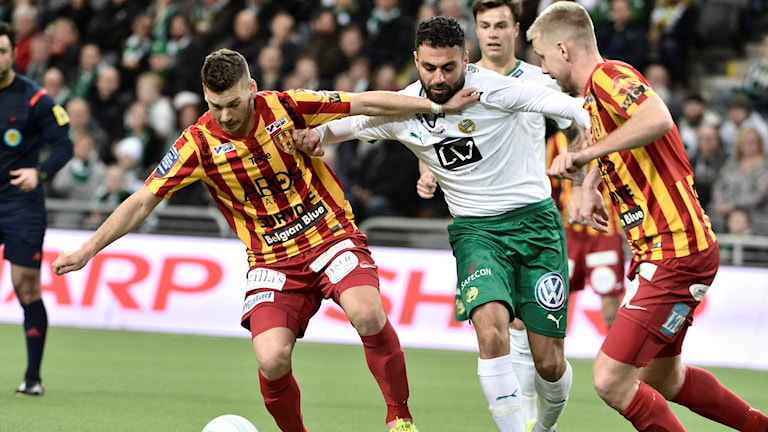 Syrianskas Daniel Alexander Bennassar Nilsson mot Hammarbys Imad Khalili