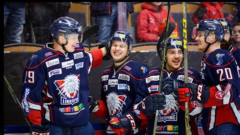 20160227 Linköping jublar efter mål mot Brynäs. Foto: Carolina Byrmo/TT
