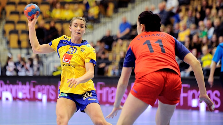 Arkivbild: Isabelle Gulldén i måndagens träningsmatch mot Rumänien.